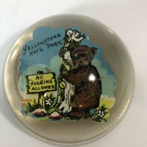 Vintage Yellowstone National Park Bear Paperweight